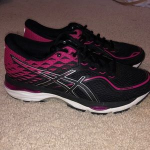 ASICS GEL CUMULUS RUNNING SHOES WORN 1X